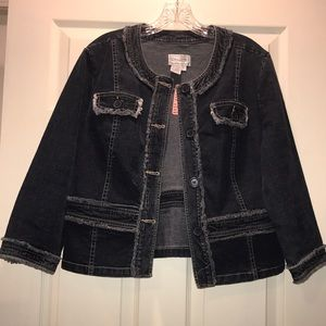 ⭐️ Live a Little Denim Jacket